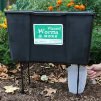 Wizzard Worms - Wiz Worm Farm - a complete compact Wormery